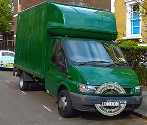 Ilford-green-rubbish-truck