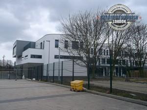 Loxford-School