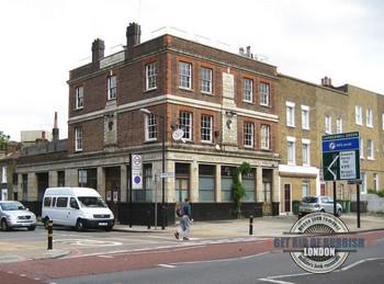 Camberwell-Pub